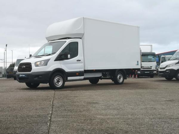 Ford Transit Luton 2018 CV18ZZW