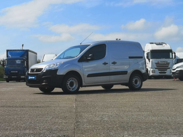 Peugeot Partner 850 SE 1.6 BlueHDi 100 Van [non Start Stop]